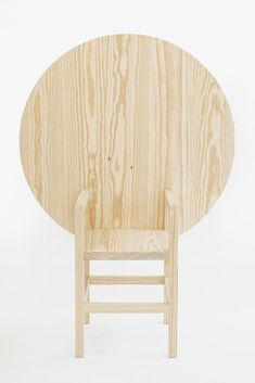 TABLE / CHAIR (WOLO) by SOPHIE NYS