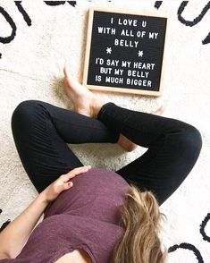 Such a cute idea for a pregnancy announcement Maternity Pictures, Baby Pictures, Baby Photos, Funny Pregnancy Pictures, Maternity Quotes, Pregnancy Memes, Pregnancy Tips, Early Pregnancy, Expecting Quotes Pregnancy