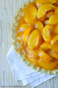 Fresh Peach Pie Recipe - Super easy and seriously AMAZING!
