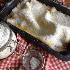 Thüringer Platz ~ Aufläufer ~ Butterpfützenkuchen - ein Kuchen, viele Namen. Und alle meinen sie einen Blechkuchen aus einer dünnen, ungelo...