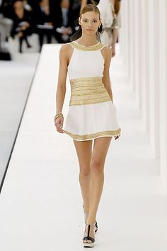 Chanel Spring 2007 Ready-to-Wear - Collection - Gallery - Style.com