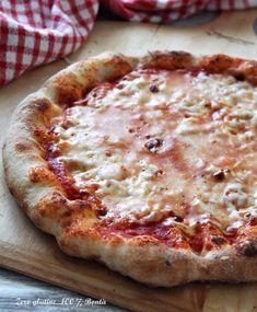 Pizza come in pizzeria senza glutine , ricetta facile da realizzare e buonissima come quelle che fanno in pizzeria . Scopri la ricetta : Gluten Free Pizza, Vegan Gluten Free, Gluten Free Recipes, Sem Lactose, Lactose Free, Sin Gluten, No Salt Recipes, Cooking Recipes, Pizza Pizzeria