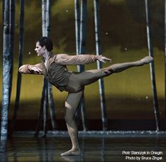 Piotr Stanczyk in Onegin. Photo by Bruce Zinger.
