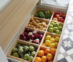 10 Fruit and Vegetable Storage Ideas to Make Comfortable Kitchen ideas kitchendrawers Best Kitchen Cabinets, Kitchen Pantry, Kitchen Items, Diy Kitchen, Kitchen Interior, Kitchen Decor, Awesome Kitchen, Kitchen Modern, Minimal Kitchen