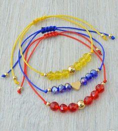 Manillas Hippie Jewelry, Girls Jewelry, Jewelry Art, Bracelet Crafts, Macrame Bracelets, Jewelry Bracelets, Silver Bracelets, Handmade Beaded Jewelry, Handmade Bracelets