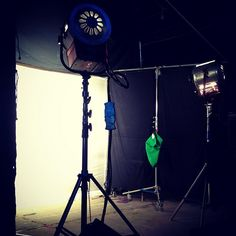 From #Instagram user: sandersontyler    Twins #onset #electric #5k #filmla #molerichardson    #lightingfromhollywood