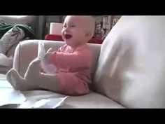 This Baby Laughing Hysterically At Ripping Paper Can't Fail To Make You Smile. Minions Clips, Laughing Baby, Cute Baby Pictures, Cutest Thing Ever, Funny Clips, Kids Videos, Going Crazy, Funny Babies, Videos Funny
