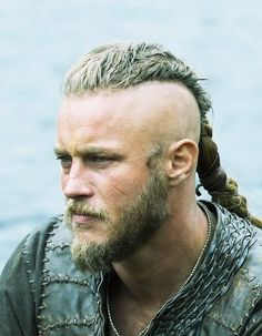 Ragnar with his Odin like thinking