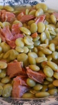 Southern Lima Butter Beans With Ham Bits - Yum Yums - Lebensmittel Side Dish Recipes, Vegetable Recipes, Lima Bean Recipes, Beans Recipes, Southern Recipes, Southern Food, Southern Style, Southern Dinner, Frijoles