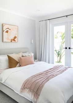 I'm thrilled to be revealing my master bedroom renovation. With a complete overhaul from top to bottom – this room now feels like an oasis. Master Bedroom Minimalist, Master Bedroom Layout, Modern Master Bedroom, Master Bedroom Makeover, Minimalist Room, Bedroom Layouts, Contemporary Bedroom, Bedroom Colors, Bedroom Decor