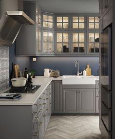 BODBYN deur | IKEA IKEAnl IKEAnederland inspiratie wooninspiratie interieur wooninterieur keuken kast keukenkast kasten keukenkasten landelijk grijs hout traditioneel opbergen opberger koken eten diner METOD serie