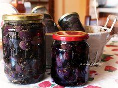 Olive nere sotto sale e sott'olio