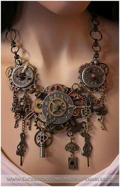 Clock necklace Jewerly supposed to be wall hanging old clocks gears skelton keys