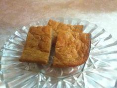 Low Calorie Banana Sour Cream Cake (Recipe)