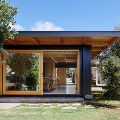 Gallery Of Dark Light House By Mrtn Architects In Rye, Vic, Australia (3)
