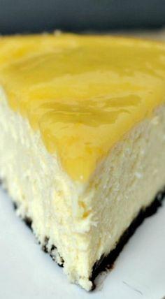 Lemon Cheesecake with a Chocolate Cookie Crust
