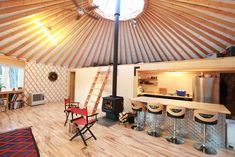 Home sweet home, 34 foot yurt in Fairbanks Alaska. Yurt Living, Tiny Living, Building A Yurt, Building A House, Yurt Interior, Interior And Exterior, Yurt Tent, Yurt Home, Sweet Home