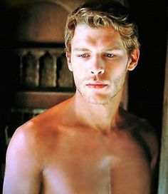 Joseph Morgan... omg. just stop. lave some pretty in the world for the rest of us.
