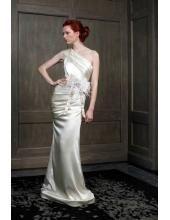 Luxuriöse maßgeschneiderte Brautkleider aus Satin