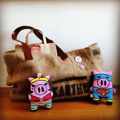 Les doudous sont bien avec leur sac Made In Perche :) www.carofromlemans.com #carofromlemans #doudou #madeinperche