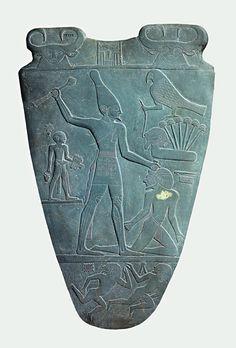 Palette of King Narmer, from Hierakonopolis, ca. 3150-3125 BCE. Slate, height, 63.5 cm. Egyptian Museum, Cairo.