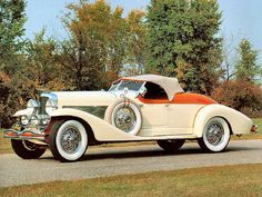 1933 Duesenberg SJ Roadster - (Duesenberg Automobile & Motors Company, Inc. Auburn, Indiana,1913-1937)