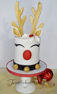 Christmas Reindeer My spin on a reindeer cake similar to the popular unicorn cakes.