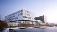 Service Center Eurasanté / lalou+lebec architects