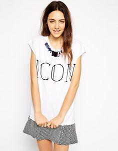 T-shirt blanc Asos Retrouvez toute la sélection sur www.theheelthyblog.com