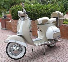 1965 Vespa - Classic Vintage Scooter | Vespa Scooters For Sale - Used & New