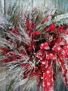 Christmas wreath for the front door | Red and Snowy Christmas Wreath for the Front door