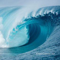 Big Teahupoo      |        Aaron Chang     |       Fine Art Photography      |      #aaronchang #fineart #oceanart #fineartphotography #tahiti #teahupoo