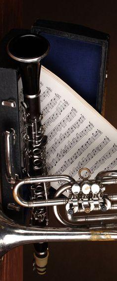 clarinet &  tuba