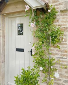 English Country Cottages, Portland Stone, Cottage Door, Little Corner, French Beauty, Climbing Roses, Summer Solstice, Happy Summer, Scandinavian Interior