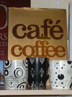 Canecas e café