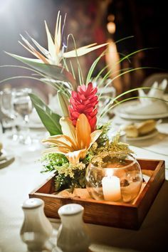 tropical wedding table decorations - Google Search