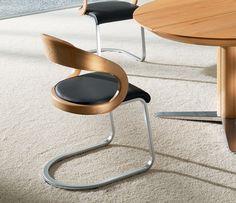 Girado Cantilever Dining Chair