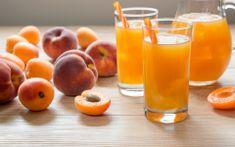 Suco Detox de Pêssego e Cereja Para Prevenir a Constipação