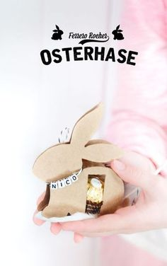 Instructions for the DIY Easter bunny with Ferrero Rocher (including free template) . - Instructions for the DIY Easter bunny with Ferrero Rocher (including free template) – perfect as - Bunny Party, Easter Party, Easter Gift, Easter Crafts, Ferrero Rocher, Hoppy Easter, Easter Bunny, Homemade Gifts, Diy Gifts