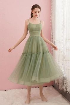 Simple Green Tulle Spaghetti Straps Mid Length Homecoming Dress B19 – shinydress