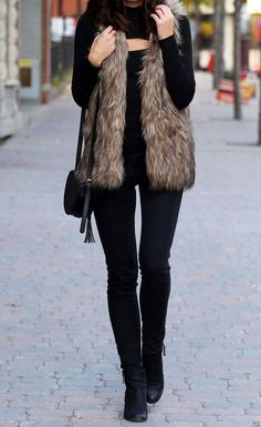 Women winter outfits to copy in 2019 i think each woman and girl gets impressed not solely by the catwalks and magazines. Wever from the good outfit Winter Outfits Women, Winter Fashion Outfits, Autumn Winter Fashion, Fall Outfits, Casual Outfits, Outfit Winter, Fashion Clothes, Casual Winter, Winter Vest Outfits