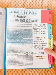 Bible Study Notebook, Bible Study Tips, Bible Study Journal, Devotional Journal, Notebook Quotes, Bibel Journal, Bible Doodling, Bible Notes, Bible Encouragement