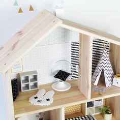 Bügelperlen Vorlage: Miffy Teppich für dein Puppenhaus - viele weitere DIY Ideen zum Basteln für Puppenhaus Möbel und Einrichtung auf unserem Blog!