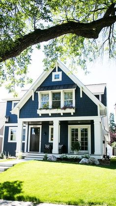 What is the exterior house color trends The hues that will be trending next year may be you can find in this post. Do you want the exterior of your home White Exterior Houses, Exterior Paint Colors For House, Exterior Colors, Exterior Design, Navy Blue Houses, Pink Houses, Latest House Designs, Highland Homes, Beautiful Homes
