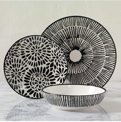 Have a look at this interesting modern dinnerware - what an innovative style
