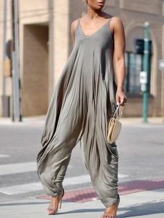 Fashion Stretchy Spaghetti Strap Loose Jumpsuit