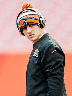 Cleveland Browns quarterback Johnny #Manziel entered treatment Wednesday.