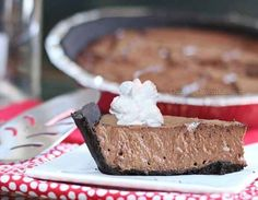 Healthy Chocolate Mousse Pie | 29 Genius Ways To Eat Greek Yogurt