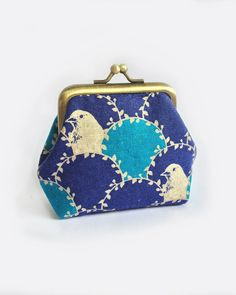 Kisslock Coin purse bird in arc blue Small clasp by Kkissmade