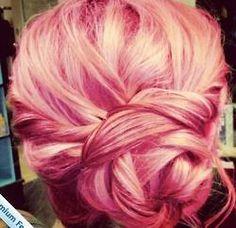 not the pink hair but the hair style. ekkkk!